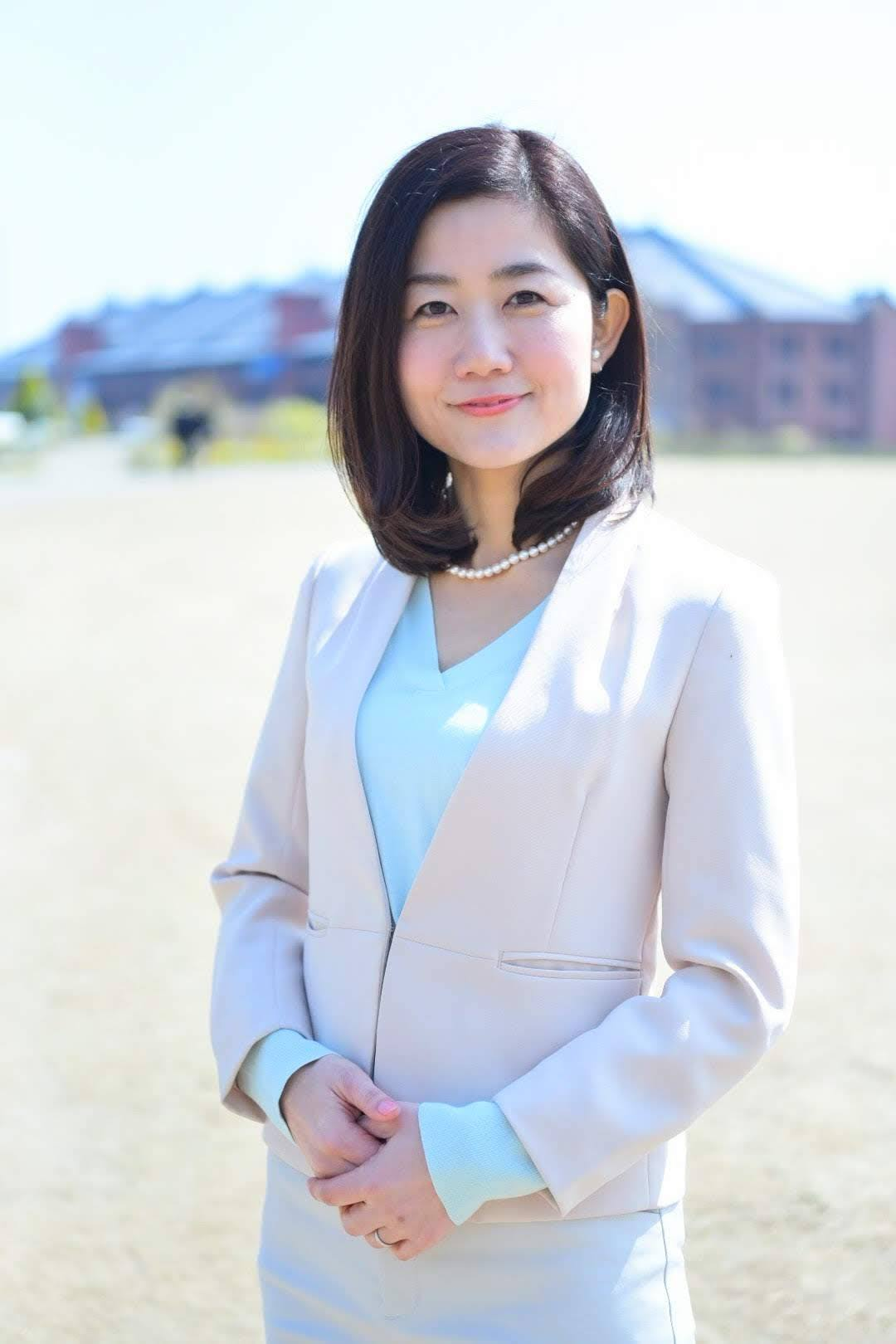 須山智子のアバター